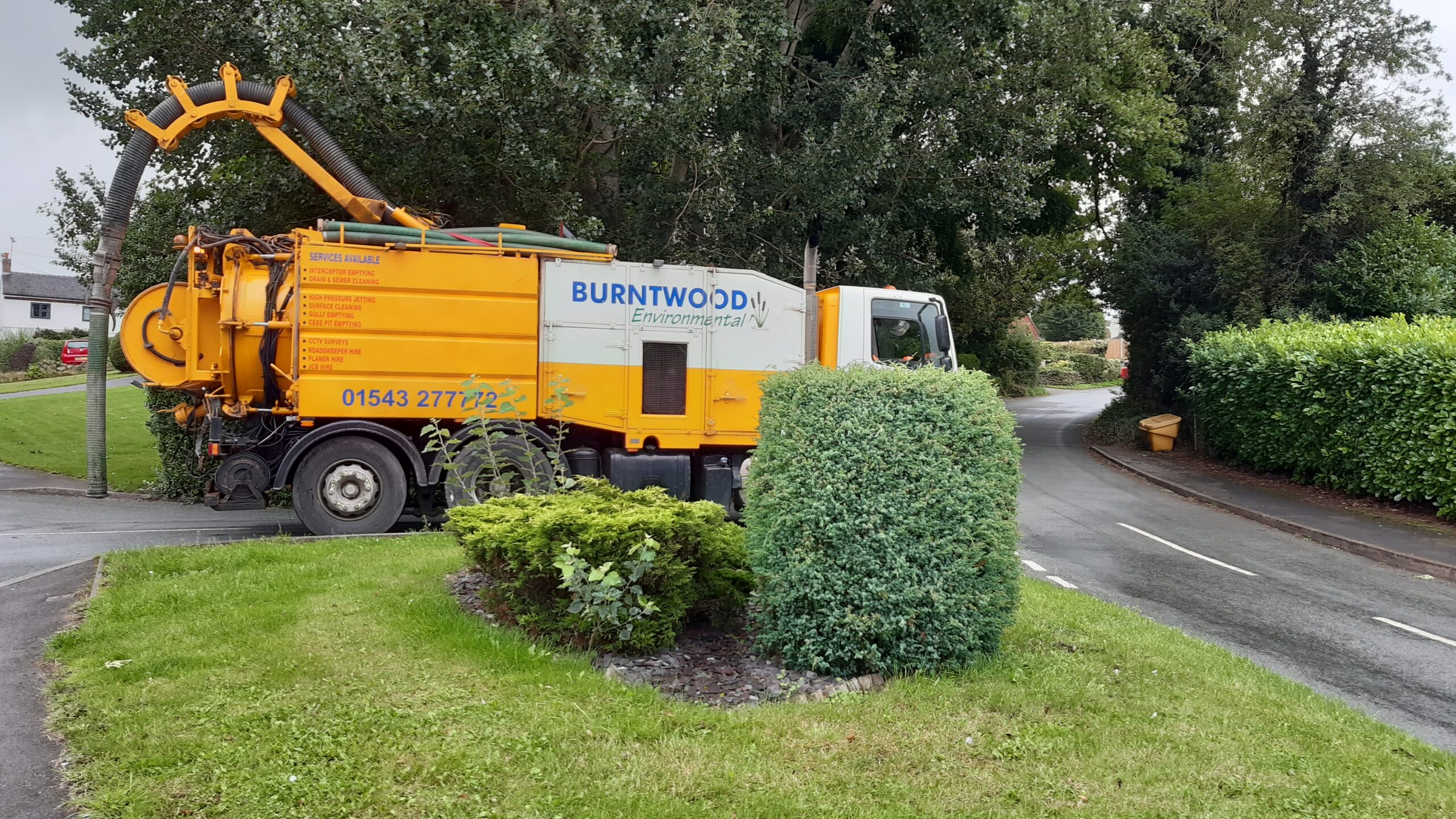 20200827_Burntwood Contractor vehicle in Hixonjpeg